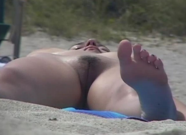 Watch video Voyeur beach 003