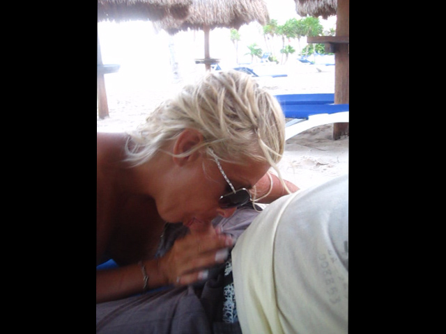 Watch video Petite Pipe Sur La Plage