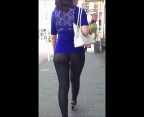 Watch video Tight Leggings In Public